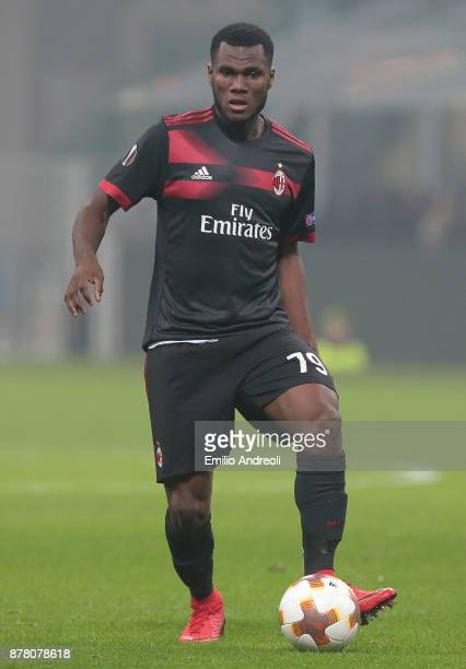Franck Kessie of AC Milan in action during the UEFA Europa League group D match between AC Milan and Austria Wien at Stadio Giuseppe Meazza on...