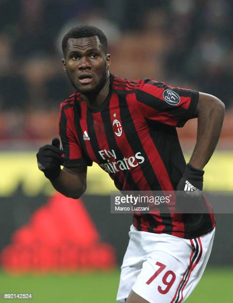 Franck Kessie of AC Milanlooks on during the Serie A match between AC Milan and Bologna FC at Stadio Giuseppe Meazza on December 10 2017 in Milan...
