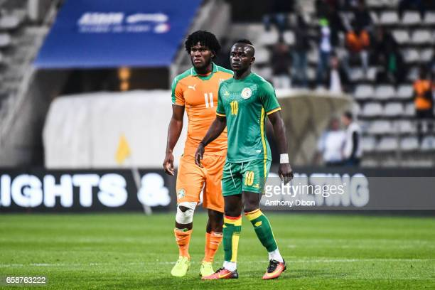 Franck Kessie of Ivory Coast and Sadio Mane of Senegal during the friendly match between Senegal and Ivory Coast at Stade Charlety on March 27 2017...