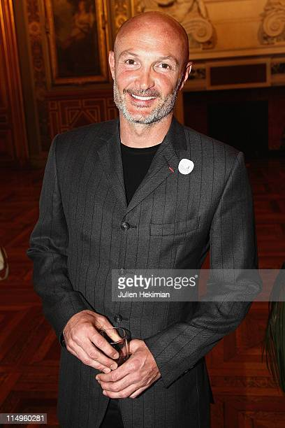 Franck Leboeuf attends '2000 Femmes Pour 2012' operation launch at Mairie de Paris on May 31 2011 in Paris France
