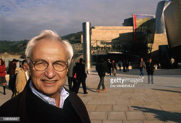 Franck OGehry Architect in Bilbao Spain on October 15th 1997