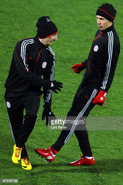 Franck Ribery jokes with Arjen Robben during a Bayern Muenchen training session at Artemio Franchi Stadium on March 8 2010 in Florence Italy Muenchen...