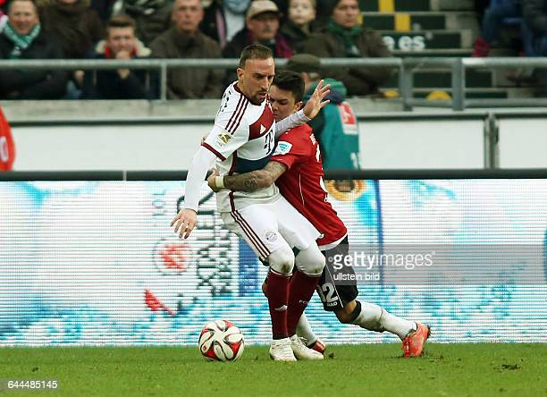 Franck Ribery Leonardo Bittencourt Zweikampf Aktion Spielszene Hannover 96 FC Bayern Muenchen München Bundesliga DFL Sport Fußball Fussball HDI Arena...