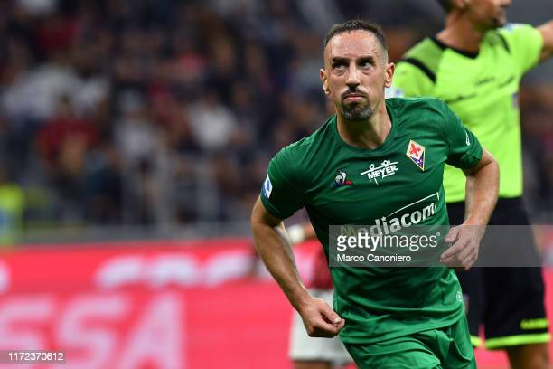 Franck Ribery of Ac Fiorentina celebrate after scoring a goal during the Serie A match between Ac Milan and Acf Fiorentina. Acf Fiorentina wins 3-1...