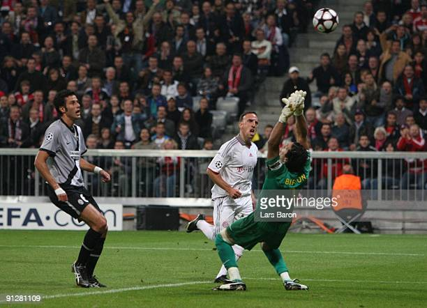 Franck Ribery of Bayern fails to score a goal against Gianluigi Buffon of Juventus during the UEFA Champions League Group A match between FC Bayern...