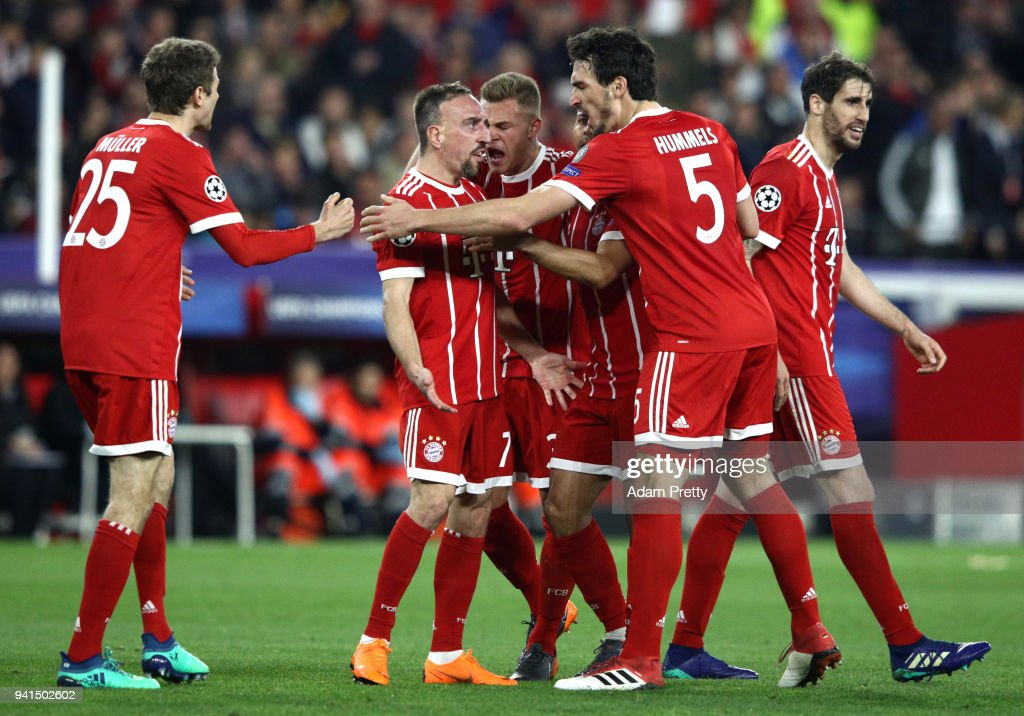 Sevilla FC v Bayern Muenchen - UEFA Champions League Quarter Final Leg One : News Photo