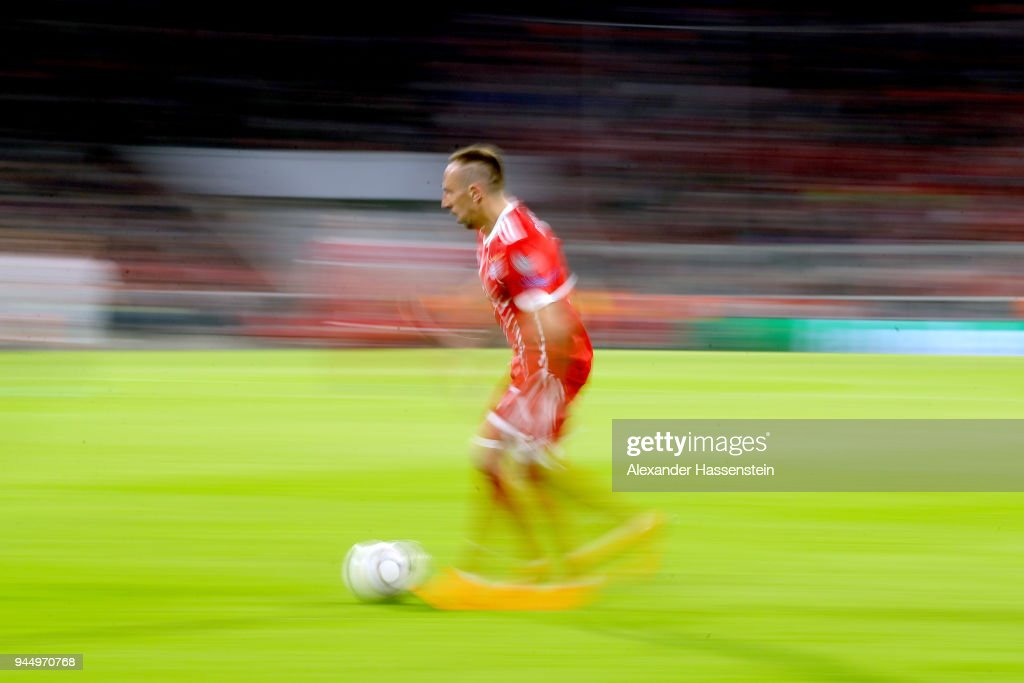 Franck Ribery of Bayern Muenchen runs with the ball during the UEFA Champions League Quarter Final Second Leg match between Bayern Muenchen and Sevilla FC at Allianz Arena on April 11, 2018 in Munich, Germany.