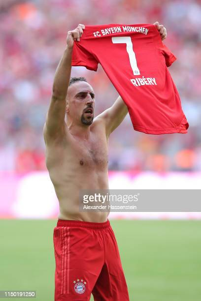 Franck Ribery of Bayern Munich celebrates after scoring his team's fourth goal during the Bundesliga match between FC Bayern Muenchen and Eintracht...