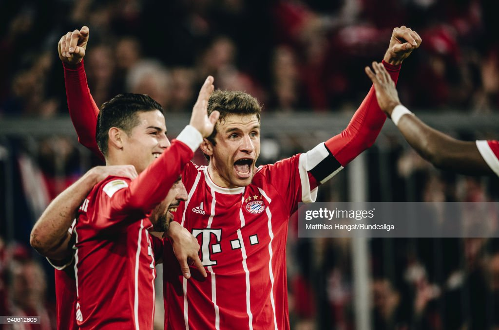 Franck Ribery of FC Bayern Muenchen celebrates with his team-mates after scoring his team's fourth goal during the Bundesliga match between FC Bayern Muenchen and Borussia Dortmund at Allianz Arena on April 1, 2018 in Munich, Germany.