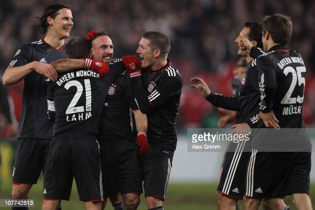 Franck Ribery of Muenchen celebrates his team's sixth goal with team mates Daniel van Buyten Philipp Lahm Bastian Schweinsteiger Miroslav Klose and...