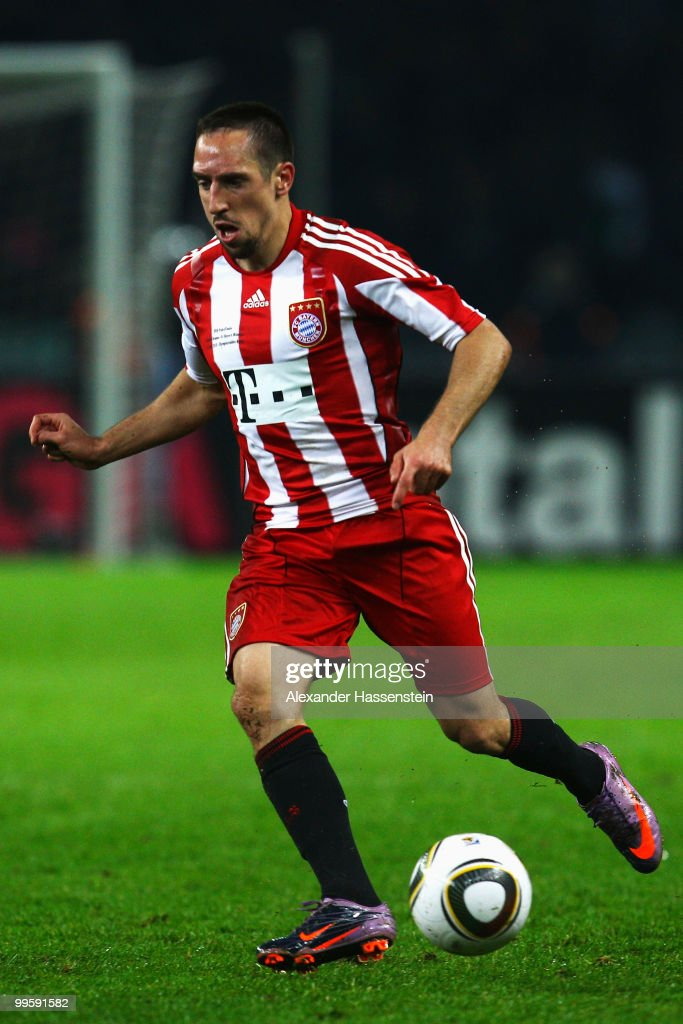 Franck Ribery runs with the ball during the DFB Cup final match between SV Werder Bremen and FC Bayern Muenchen at Olympic Stadium on May 15, 2010 in Berlin, Germany.