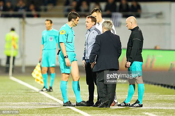 Franck Schneider inijured during the semi-final French Cup between Lorient and Paris Saint-Germain at Stade du Moustoir on April 19, 2016 in Lorient,...
