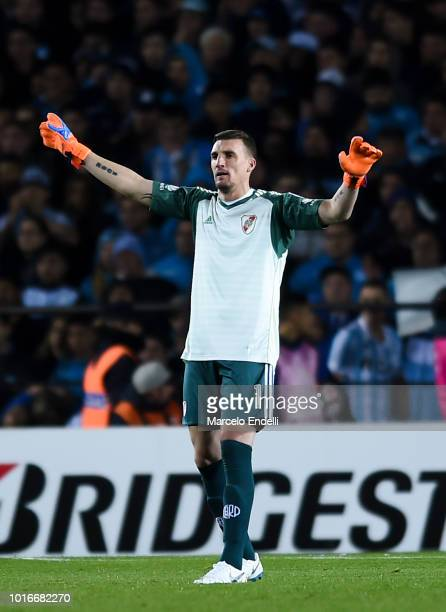 Franco Armani goalkeeper of River Plate gestures during a round of sixteen first leg match between River Plate and Racing Club as part of Copa...
