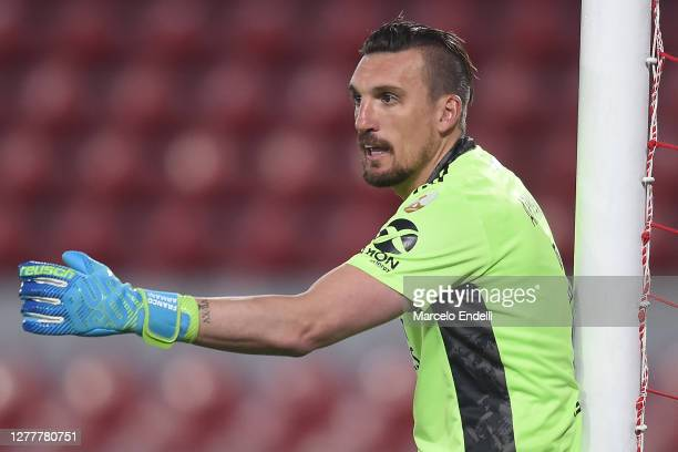 Franco Armani of River Plate gives instructions to his teammates during a Copa CONMEBOL Libertadores 2020 group D match between River Plate and Sao...