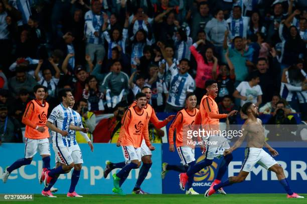 Franco Jara of Pachuca celebrates with teammates after scoring the first goal of his team during the Final second leg match between Pachuca and...