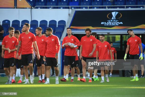 Franco Vazquez and team mates during a Sevilla Training Session And Press Conference at MSV Arena on August 05 2020 in Duisburg Germany