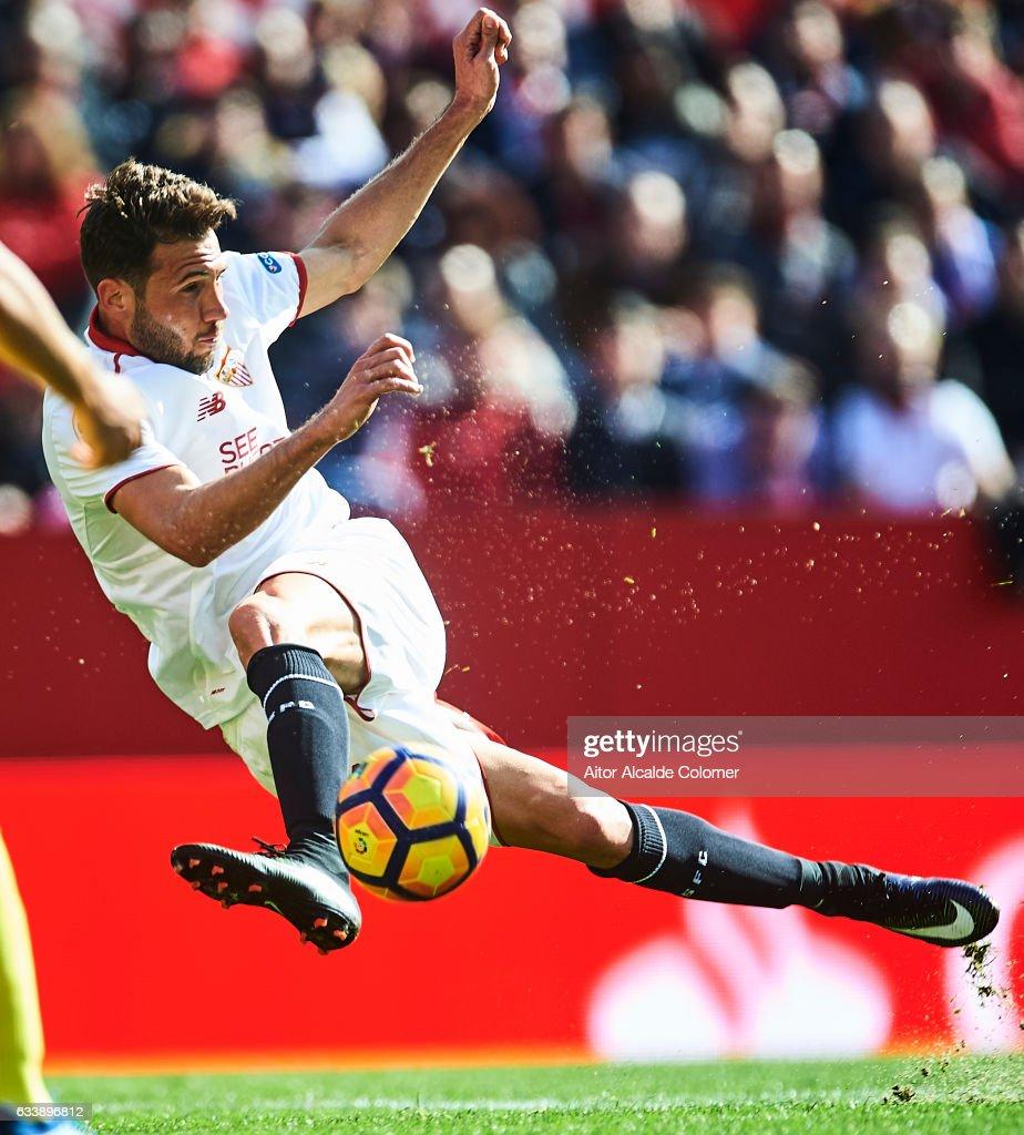 Franco Vazquez of Sevilla FC in action during the La Liga match between Sevilla FC and Villarreal CF at Estadio Ramon Sanchez Pizjuan on February 05, 2017 in Seville, Spain.