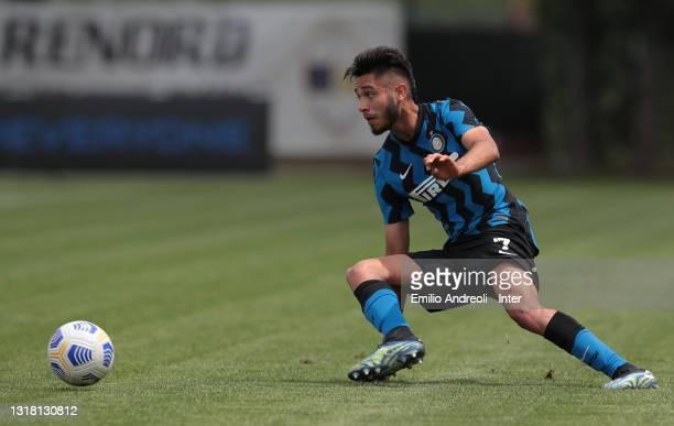 Franco Vezzoni of FC Internazionale U19 in action during the Primavera 1 TIM match between FC Internazionale U19 and ACF Fiorentina U19 at Stadio...