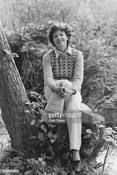 Franco-American actress and dancer Leslie Caron, circa 1982.