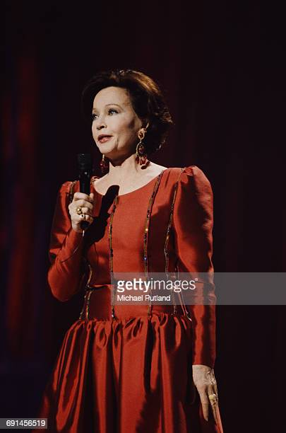 Franco-American film actress and dancer Leslie Caron at the 10th Annual American Cinema Awards at the Beverly Hilton Hotel, Beverly Hills,...