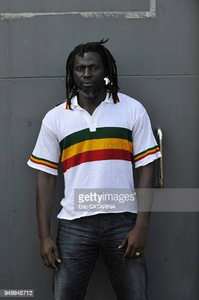 francofolies de la rochelle music festival photocall of ivorian reggae singer tiken jah fakoly. Black Bedroom Furniture Sets. Home Design Ideas