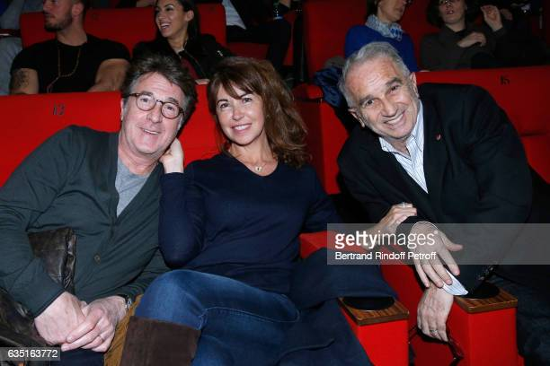 Francois Cluzet his wife Narjiss and President of Academie des Cesars Alain Terzian attend the 'Rock'N Roll' Premiere at Cinema Pathe Beaugrenelle on...