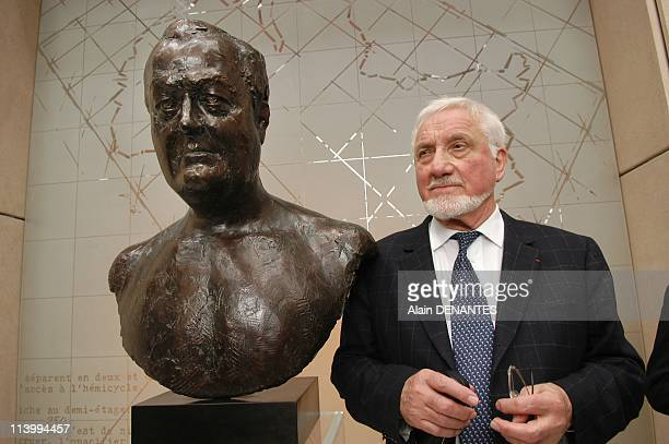 Francois Fillon inaugurates the statue in tribute to Olivier Guichard in Nantes France on June 29 2007Jean Carlot near his work the bust Olivier...