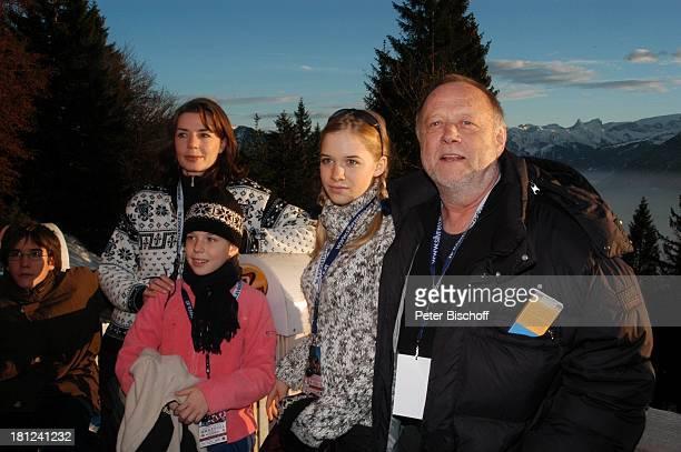 Francois Göske, Dana Vavrova,Tochter Josefina Vilsmaier, Tochter Theresa Vilsmaier, Regisseur Joseph Vilsmaier, , Uraufführung vom Kinofilm:...