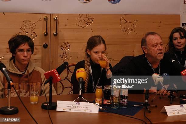 "Francois Göske, Josefina Vilsmaier, Vater Joseph Vilsmaier , Ehefrau Dana Vavrova, , Uraufführung vom Kinofilm: ""Bergkristall"", Premiere,..."
