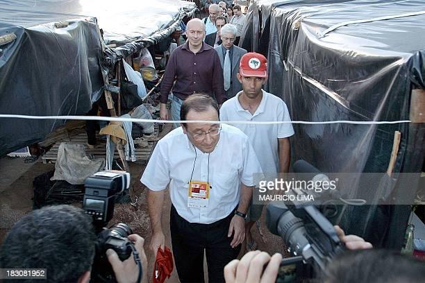 Francois Hollande , secretary of the Socialist Party of France, visits 01 February 2002 a MST camp, in Porto Alegre, Brazil. Francois Hollande ,...