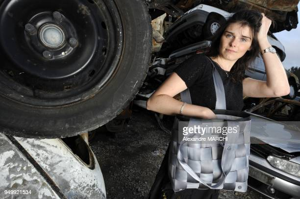 Francois Jacquot, professional of the car in Haute-Saone to Granges-la-Ville, created by handbags with safety belts.