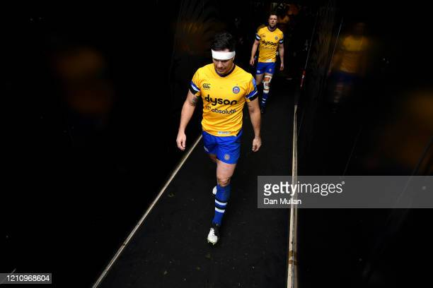 Francois Louw of Bath leads his team out of the tunnel during the Gallagher Premiership Rugby match between Exeter Chiefs and Bath Rugby at Sandy...