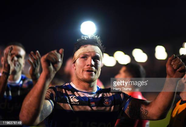 Francois Louw of Bath Rugby celebrates at the final whistle during the Gallagher Premiership Rugby match between Bath Rugby and Sale Sharks at The...