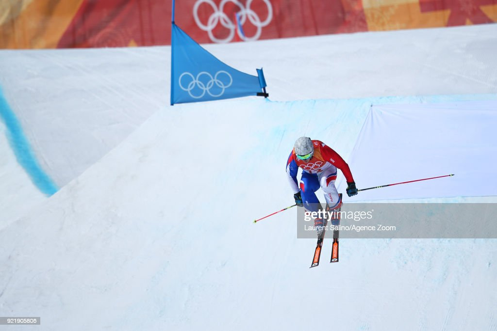 Francois Place of France competes during the Freestyle Skiing Men's Seeding Round Ski Cross at Pheonix Snow Park on February 21, 2018 in Pyeongchang-gun, South Korea.