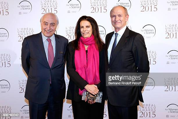 Francoise Bettencourt Meyers standing between her husband JeanPierre Meyers and Chairman Chief Executive Officer of L'Oreal and Chairman of the...