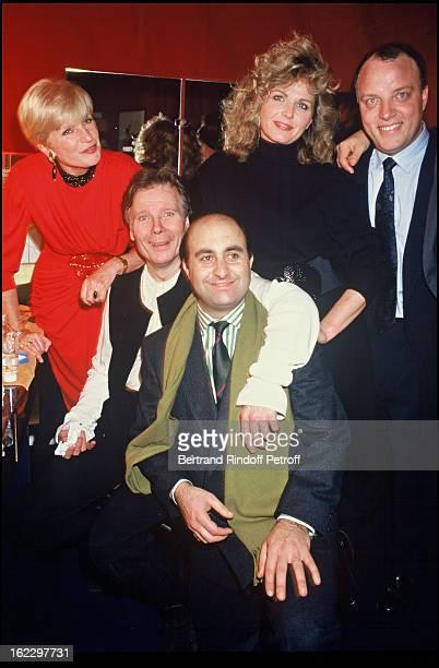 Francoise Dorin Jean Piat Richard Taxy and Jeane Manson after L'Homme de La Mancha opening Night Theatre Marigny 1988