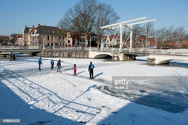 franeker ice fun - friesland noord holland stockfoto's en -beelden