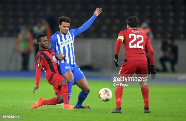Frank Arhin of Oestersunds FK Valentino Lazaro of Hertha BSC and Brwa Nouri of Oestersunds FK during the UEFA Europa League Group J match between...
