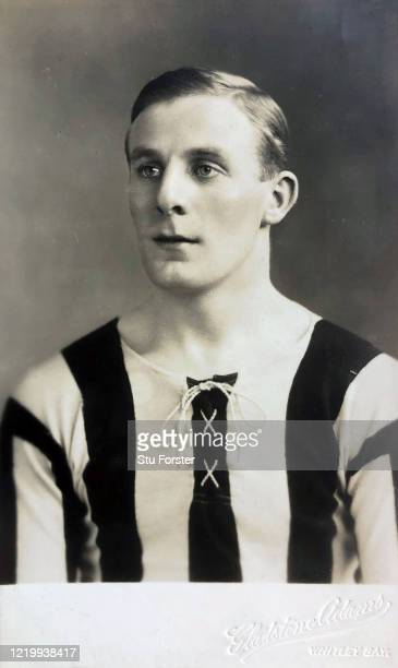 Frank Carr Hudspeth of Newcastle United pictured on a Gladstone Adams postcard circa 1913 Hudspeth played 482 games for the Magpies between 19101929...