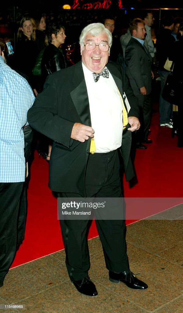 Frank Carson during 'The League Of Extraordinary Gentlemen' Uk Premiere at The Odeon Leicester Square in London, United Kingdom.