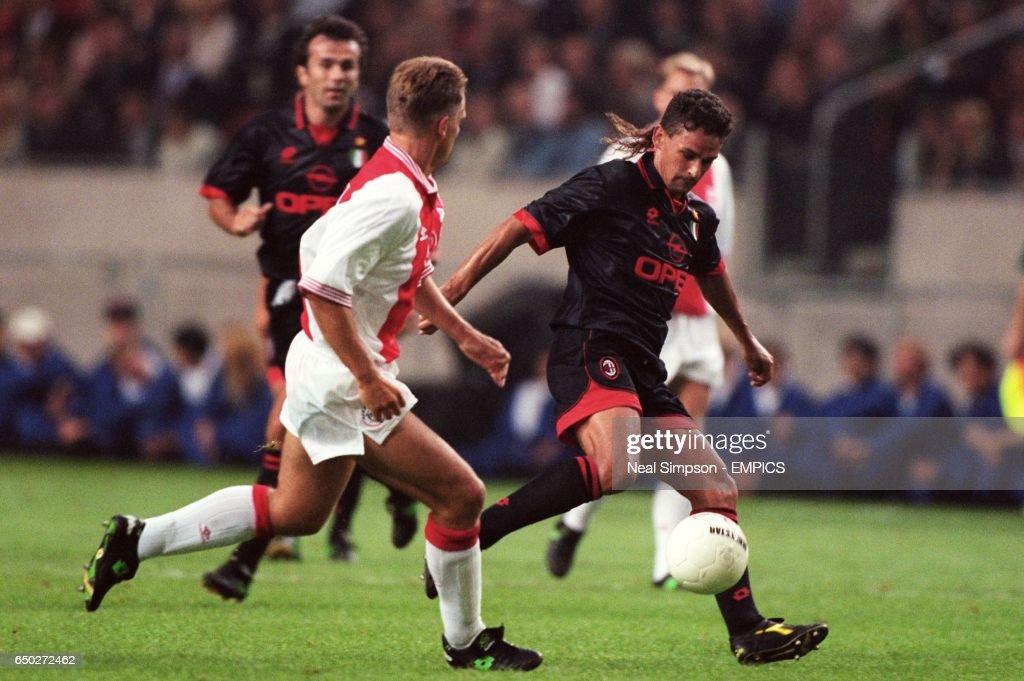 Soccer - Ajax v AC Milan : News Photo