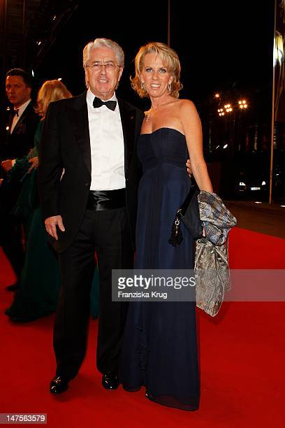 Frank Elsner and Britta Gessler attend the Red Carpet for the Bambi Award 2011 ceremony at the Rhein-Main-Hallen on November 10, 2011 in Wiesbaden,...