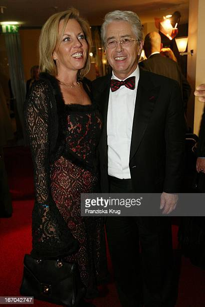 Frank Elstner & Ehefrau Britta Gessler Bei Der Bambi Party: Die Preisträger Feiern Bei Der Aftershow Party .