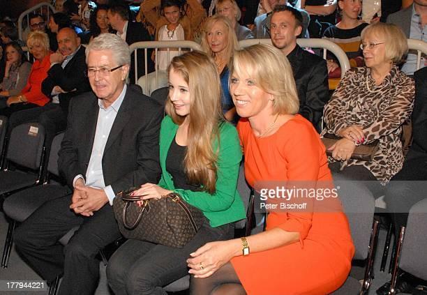 Frank Elstner Ehefrau Britta Gessler Tochter Enya M a r k u s L a n zPremiere ZDFShow Wetten dass Düsseldorf NordrheinWestfalen Deutschland Europa 1...