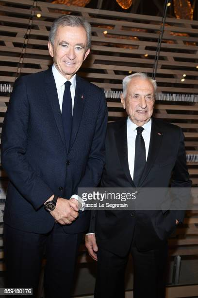 Frank Gehry and CEO of LVMH Group Bernard Arnault attend 'Etre Moderne Le MoMA A Paris' Exhibition at Fondation Louis Vuitton on October 9 2017 in...