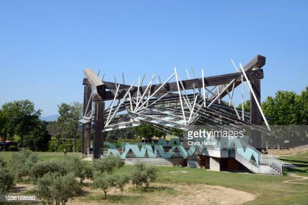 Frank Gehry Pavillon de Musique or Music Pavilion, buit 2008, Château La Coste Provence