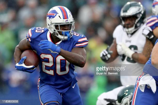 Frank Gore of the Buffalo Bills runs the ball during the second quarter of an NFL game against the Philadelphia Eagles at New Era Field on October...