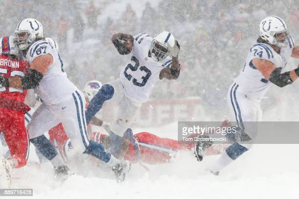 Frank Gore of the Indianapolis Colts runs the ball during the fourth quarter against the Buffalo Bills on December 10 2017 at New Era Field in...