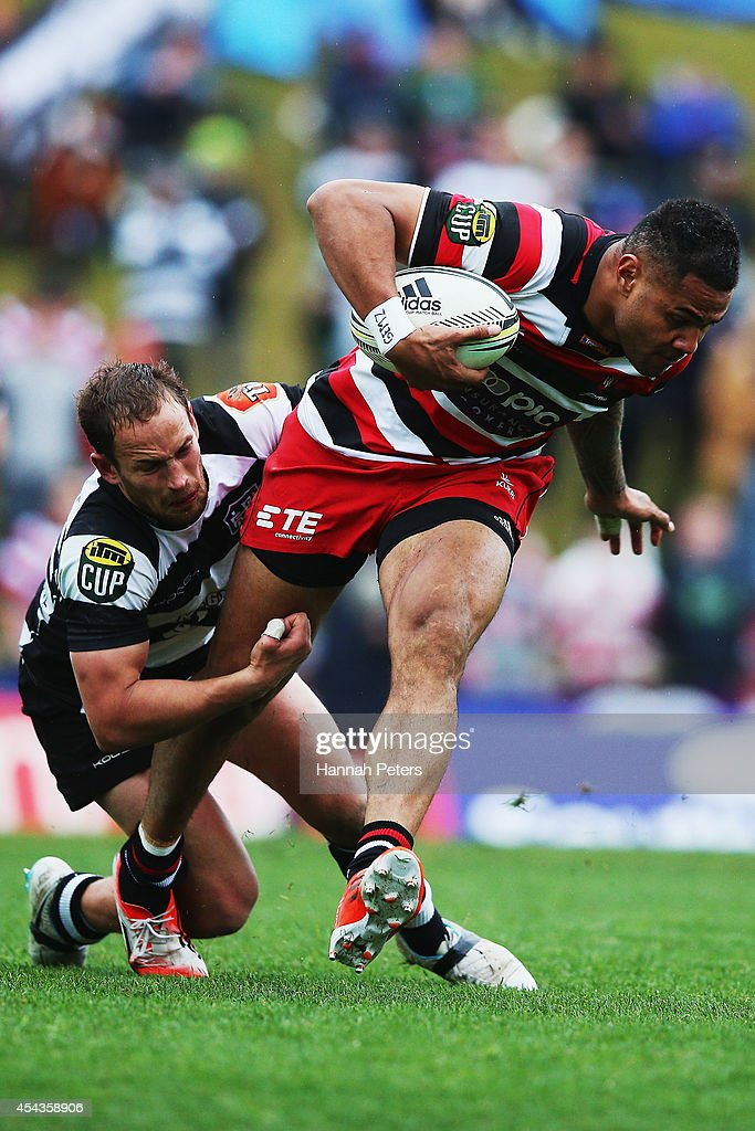 Frank Halai of the Counties Manukau Steelers charges forward during the ITM Cup rugby game between the Counties Manukau Steelers and the Hawke's Bay Magpies at ECOLight Stadium on August 30, 2014 in Pukekohe, New Zealand.