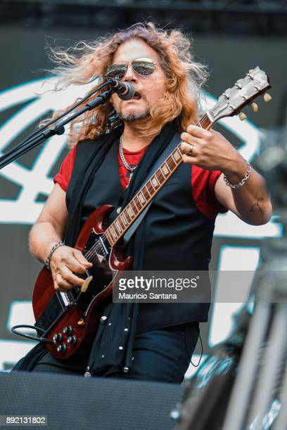 Frank Hannon member of the band Tesla performs live on stage at Allianz Parque on December 13 2017 in Sao Paulo Brazil